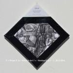 «E'ye: What is art?» I – 1. 8. 2013 - 2014. Photographie argentique de 13 x 17 cm. Découpé et marouflé sur une toile de 20 x 20 cm. Bords en format de diamant noir. Cartel : 1514. Albrecht DÜRER. Mélancholia I. Gravure sur cuivre. 23,9 x 16,8 cm. Photo: Jan Arkestejin / wikimedia commons «E'ye: What is art?» I – 1. 8. 2013 - 2014. Analog photography of 5.1 x 6.7 in. Cut and maroufled on a canvas of 7.9 x 7.9 in. Edges in format of diamond, black color. Cartel : 1514. Albrecht DÜRER. Melancholia I. Copperplate engravin. 23,9 x 16,8 cm. Photo: Jan Arkestejin / wikimedia commons.